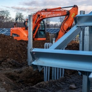 heavy civil construction, site work, landscaping, site clearing, concrete work, foundation excavation, commercial paving, land clearing, heavy construction, green energy, erosion control, hydroseeding, demolition, timber matting