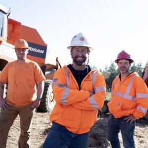Western Earthworks Develops 12 Acres for New 3.5-Megawatt Solar Farm